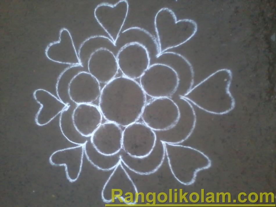 flower heart kolam step4