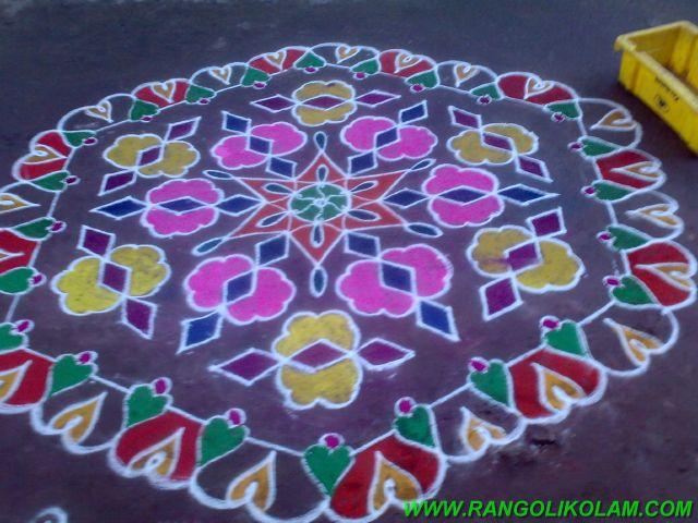 மார்கழிகோலம் ,pullikolam,margazhi kolam,colour kolam,15pulli8 kolam,கோலங்கள்
