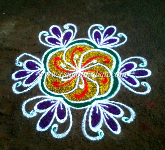 Small design kolam