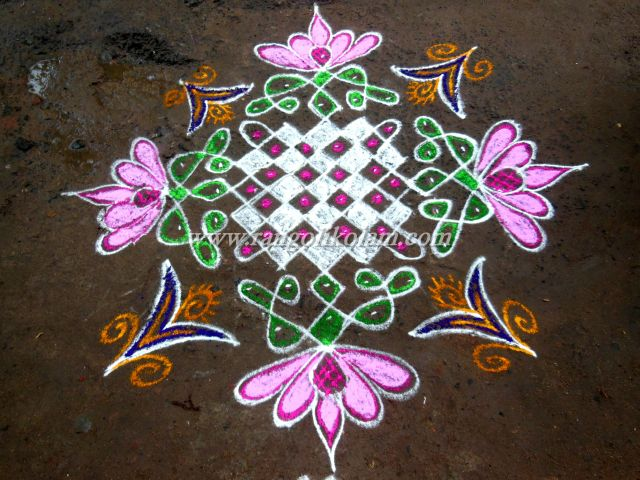 Fussion sikku kolam design